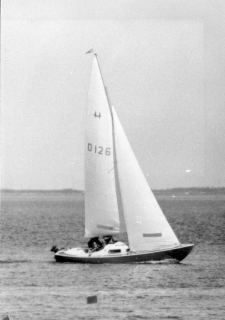 "H-Båd D126 ""Athene"" Knud Kristian Wrist og Poul Wrist. 1976"